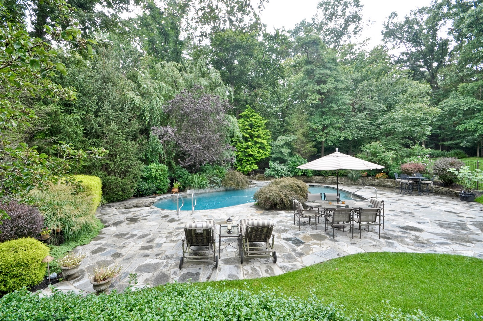 Real Estate Photography - 5 Orchard Way, Warren, NJ, 07059 - Patio