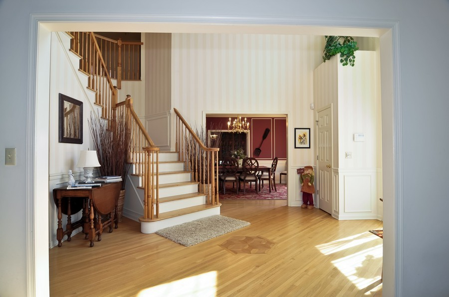 Real Estate Photography - 4 Desiree Ct, Bedminster, NJ, 07921 - Foyer