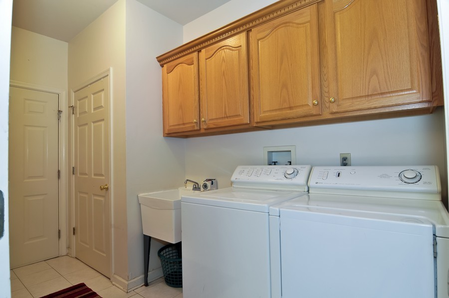 Real Estate Photography - 4 Desiree Ct, Bedminster, NJ, 07921 - Laundry Room