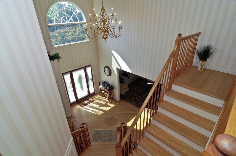 Real Estate Photography - 4 Desiree Ct, Bedminster, NJ, 07921 - Entryway