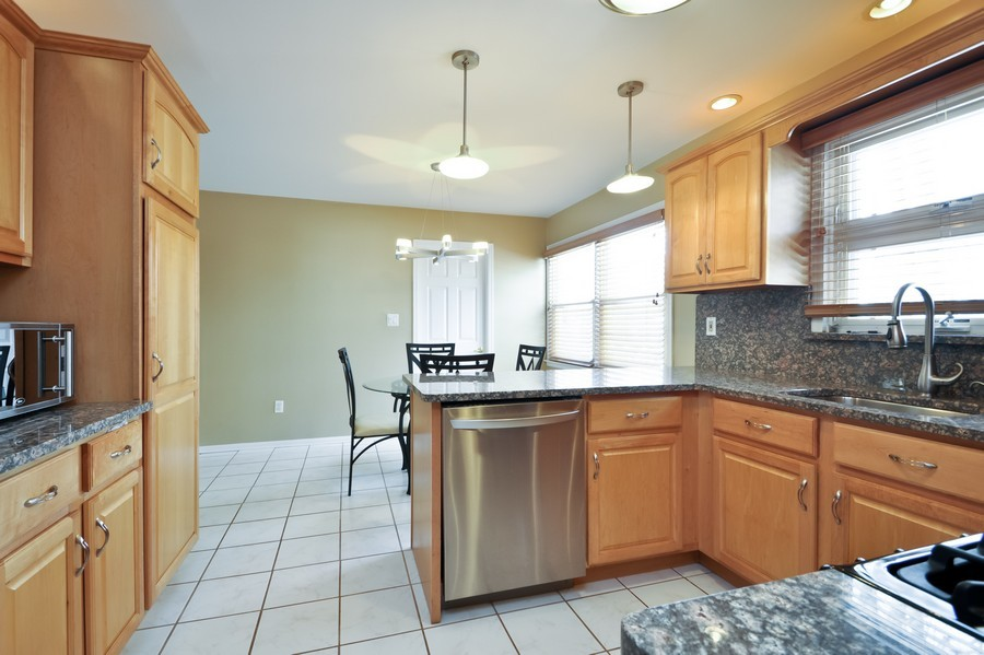 Real Estate Photography - 6 Riley Rd, Morganville, NJ, 07751 - Kitchen / Breakfast Room