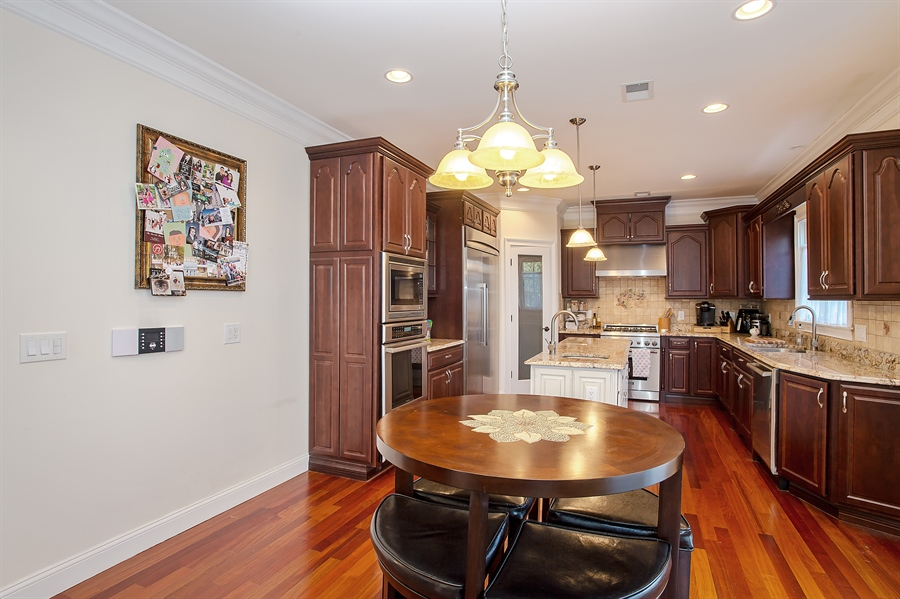 Real Estate Photography - 4 Robbie La, Mountainside, NJ, 07092 - Kitchen / Breakfast Room