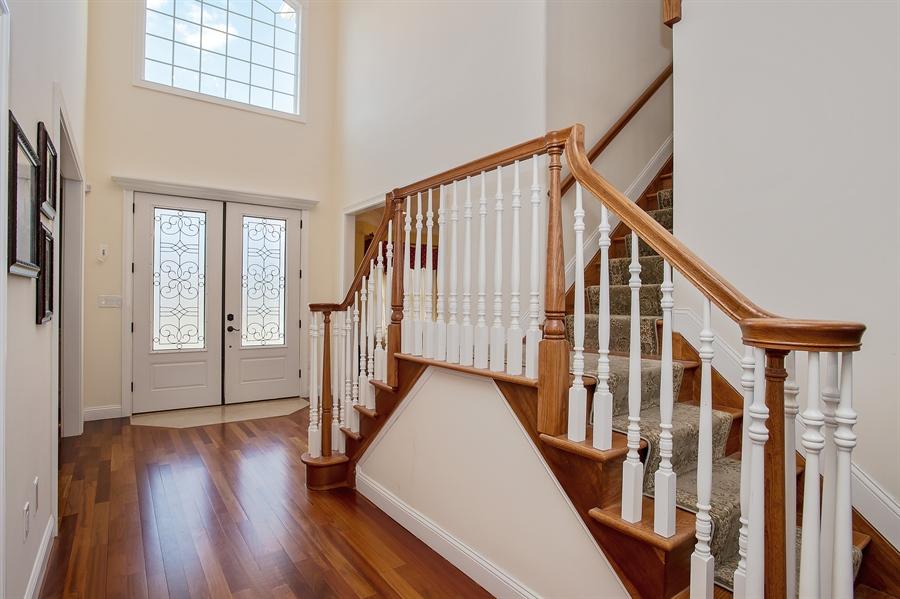 Real Estate Photography - 4 Robbie La, Mountainside, NJ, 07092 - Foyer