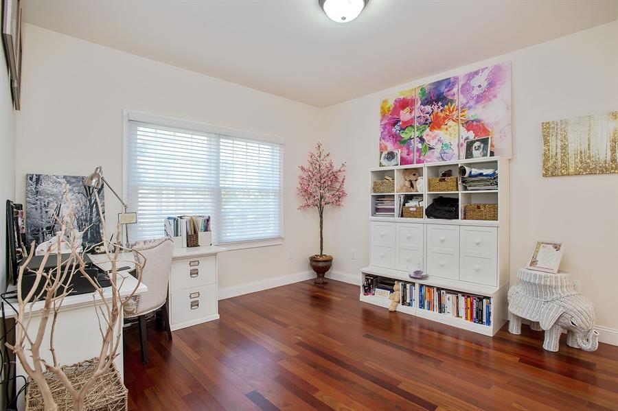 Real Estate Photography - 4 Robbie La, Mountainside, NJ, 07092 - Office