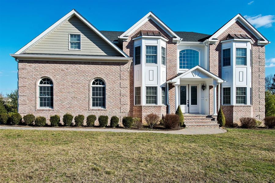 Real Estate Photography - 4 Robbie La, Mountainside, NJ, 07092 - Front View