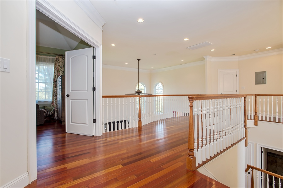 Real Estate Photography - 4 Robbie La, Mountainside, NJ, 07092 - Hallway