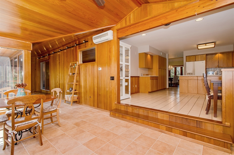 Real Estate Photography - 1066 Mayflower Ct, Martinsville, NJ, 08836 -