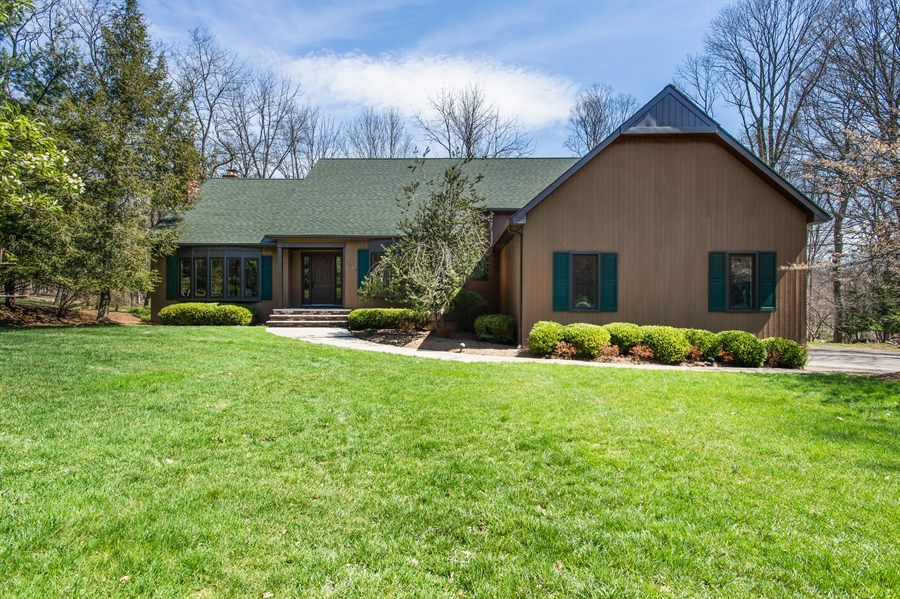 Real Estate Photography - 1066 Mayflower Ct, Martinsville, NJ, 08836 - Front View