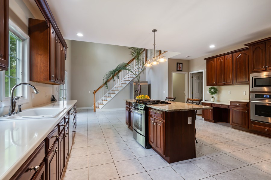 Real Estate Photography - 26 Winslow Dr, Martinsville, NJ, 08836 - Kitchen / Breakfast Room