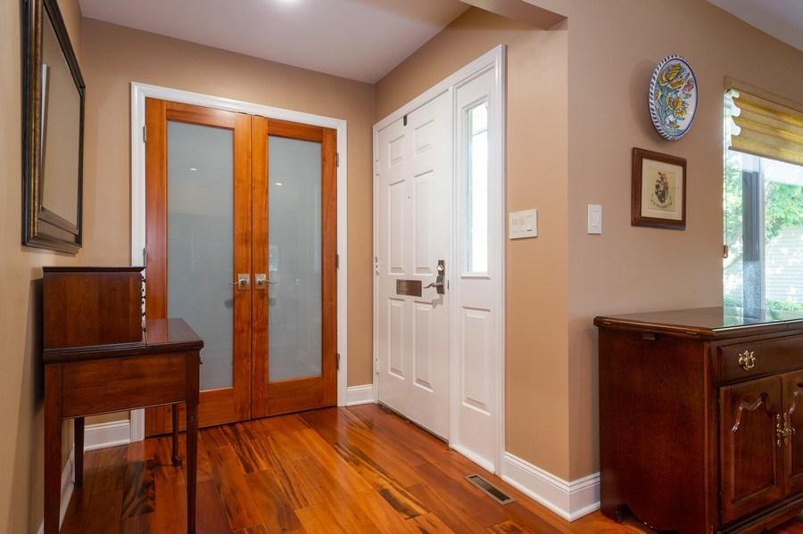 Real Estate Photography - 77 Glenview Dr, West Orange, NJ, 07052 - Foyer