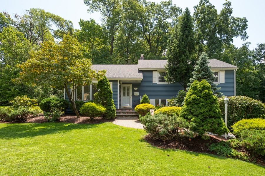 Real Estate Photography - 13 Clover Lane, Livingston, NJ, 07039 - Front View