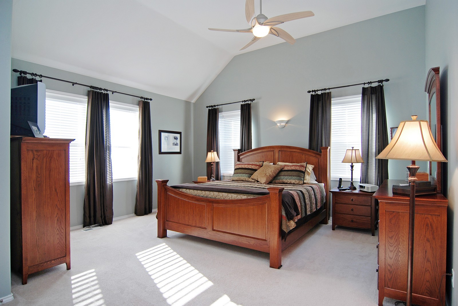 Real Estate Photography - 22553 SW 106th Ave, Tualatin, OR, 97062 - Master Bedroom