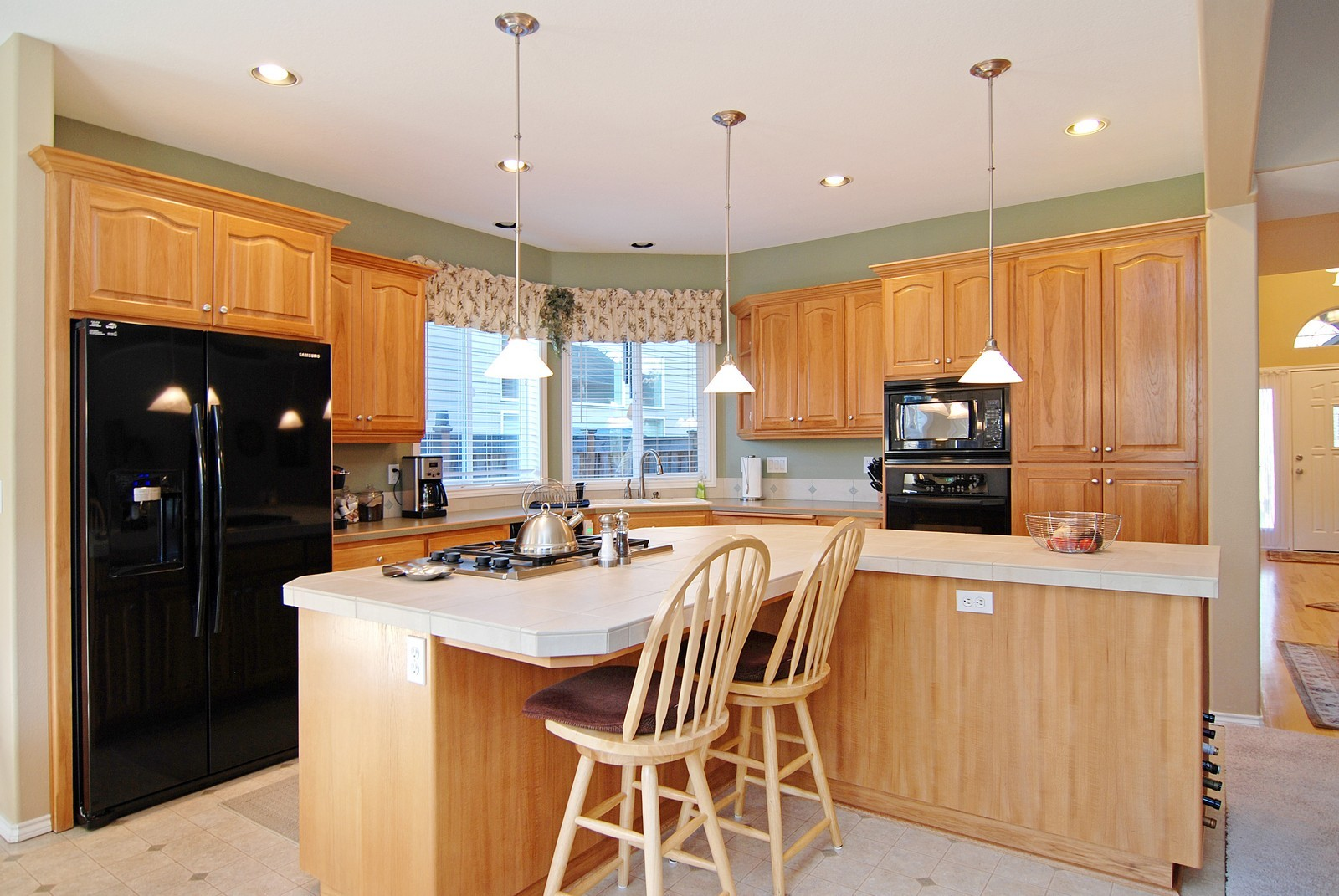 Real Estate Photography - 22553 SW 106th Ave, Tualatin, OR, 97062 - Kitchen