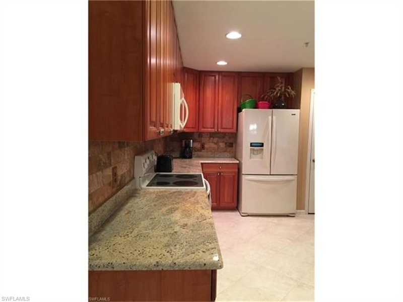 Real Estate Photography - 10020 Valiant Ct, Apt 102, Fort Myers, FL, 33913 - Location 9