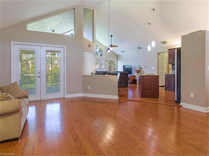 Real Estate Photography - 109 Plantation Cir, Naples, FL, 34104 - Location 2