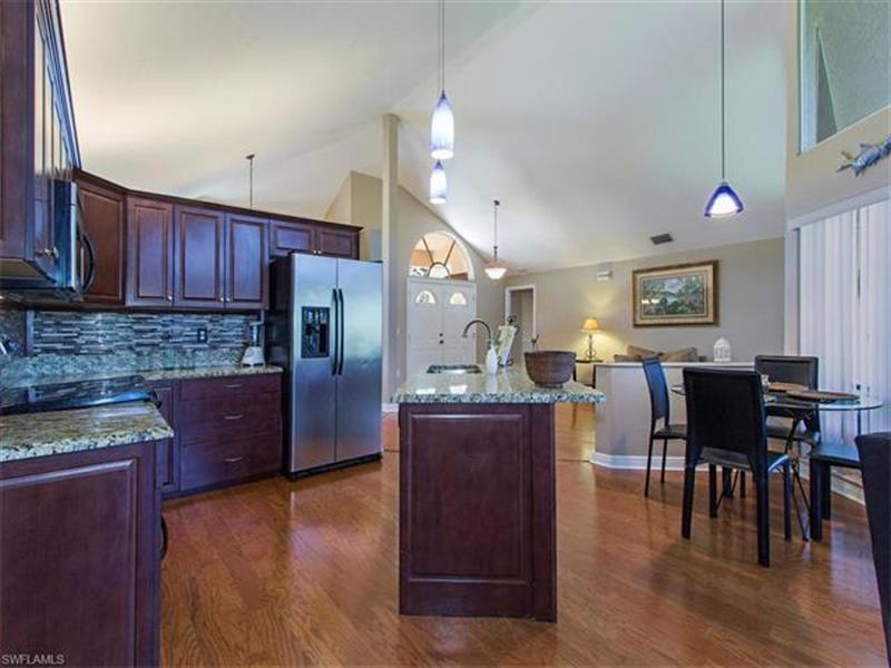 Real Estate Photography - 109 Plantation Cir, Naples, FL, 34104 - Location 6