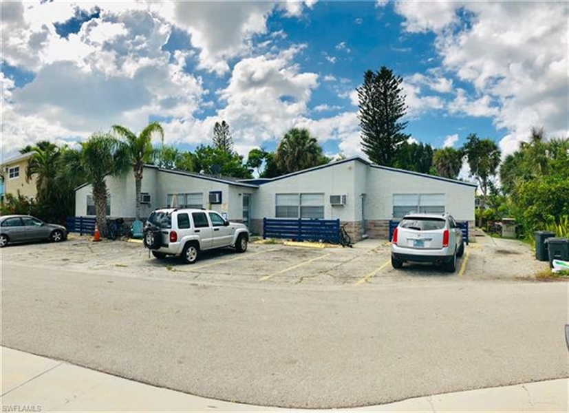 Real Estate Photography - 231 Fairweather Ln, # 231, Fort Myers Beach, FL, 33931 - Location 1