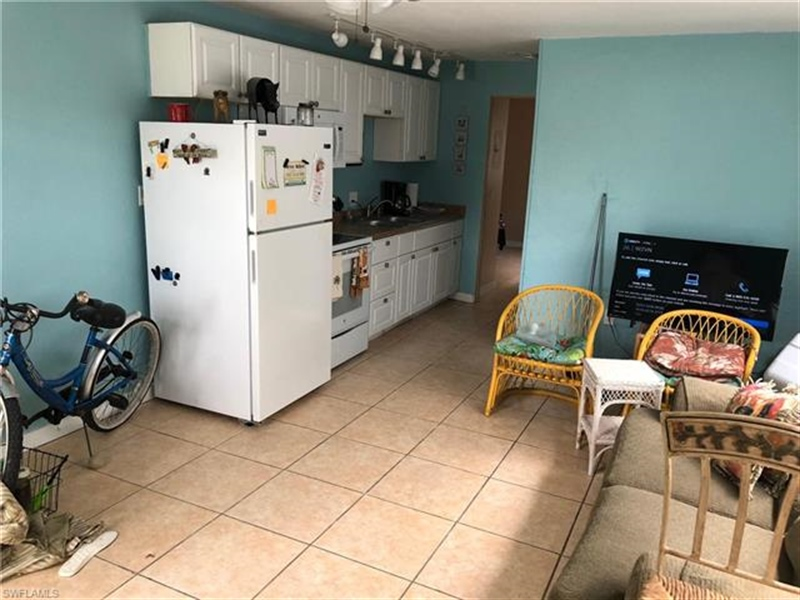 Real Estate Photography - 231 Fairweather Ln, # 231, Fort Myers Beach, FL, 33931 - Location 5
