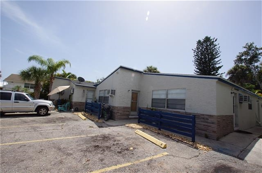 Real Estate Photography - 231 Fairweather Ln, # 231, Fort Myers Beach, FL, 33931 - Location 7