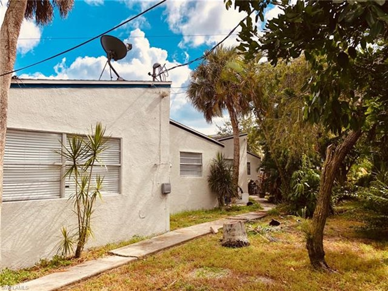 Real Estate Photography - 231 Fairweather Ln, # 231, Fort Myers Beach, FL, 33931 - Location 8