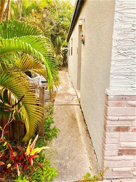 Real Estate Photography - 231 Fairweather Ln, # 231, Fort Myers Beach, FL, 33931 - Location 9
