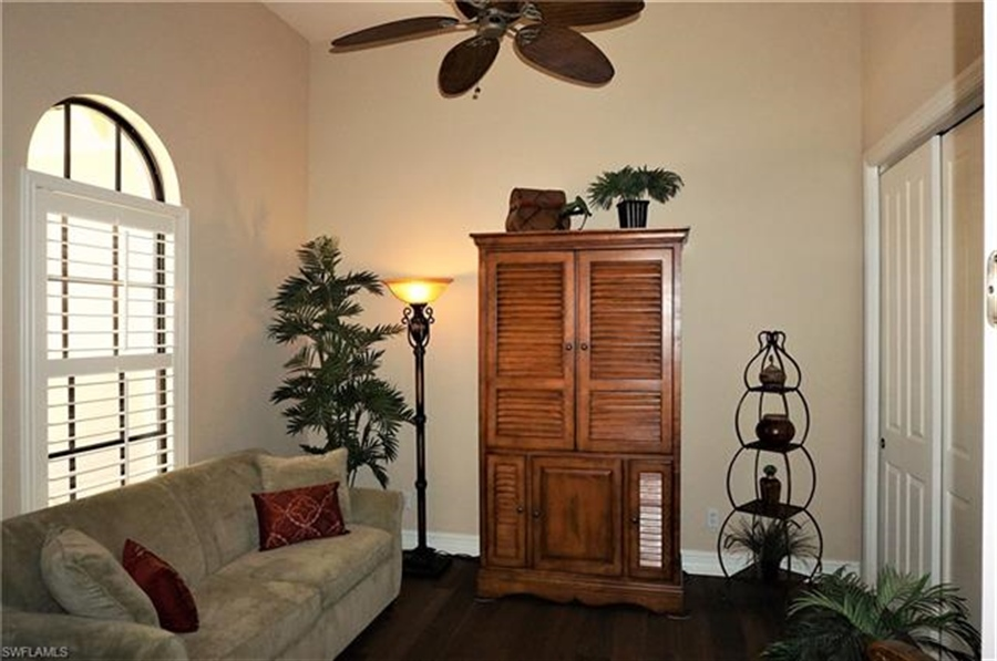 Real Estate Photography - 11836 Rosalinda Ct, # 11836, Fort Myers, FL, 33912 - Location 5