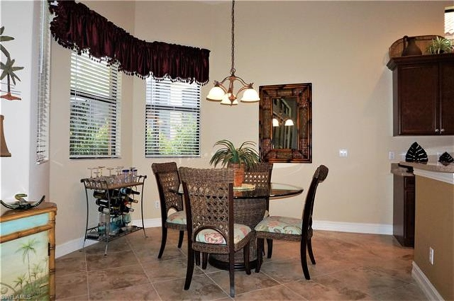 Real Estate Photography - 11836 Rosalinda Ct, # 11836, Fort Myers, FL, 33912 - Location 7
