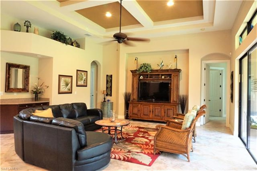 Real Estate Photography - 11836 Rosalinda Ct, # 11836, Fort Myers, FL, 33912 - Location 10
