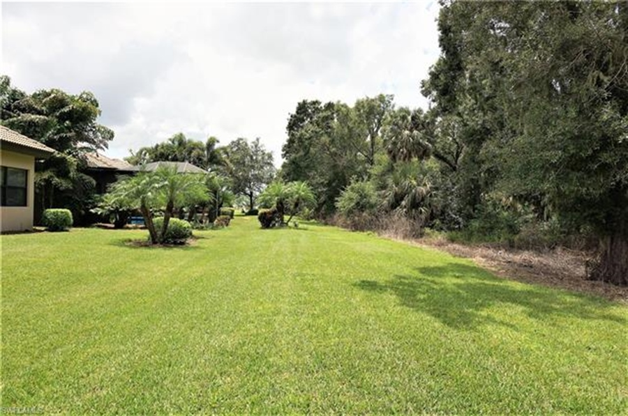 Real Estate Photography - 11836 Rosalinda Ct, # 11836, Fort Myers, FL, 33912 - Location 21