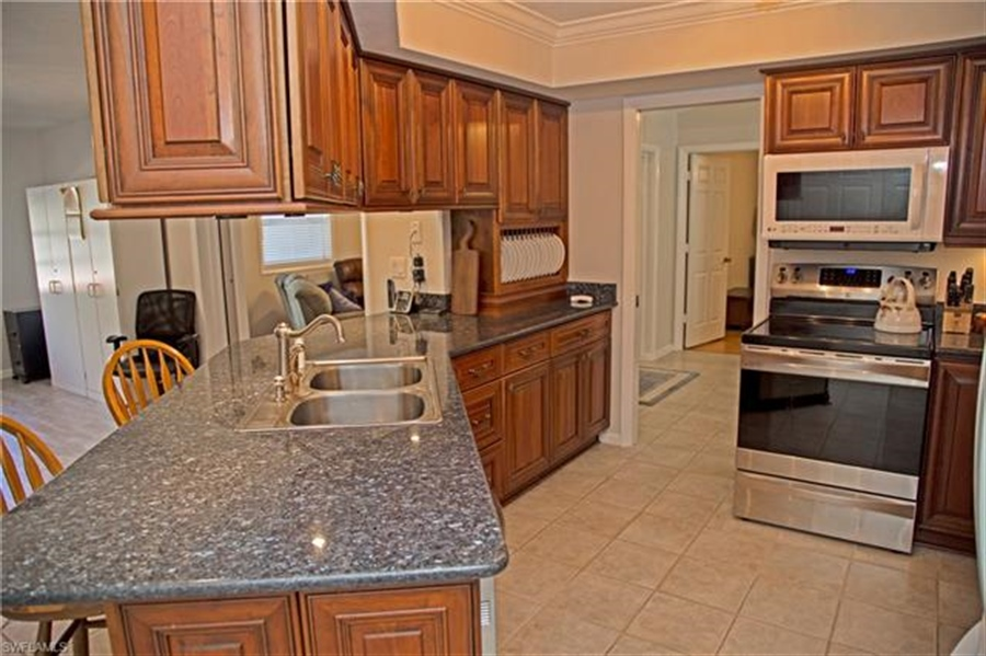 Real Estate Photography - 521 31st St SW, Naples, FL, 34117 - Location 4