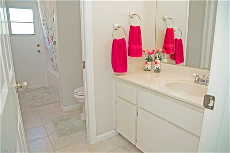 Real Estate Photography - 521 31st St SW, Naples, FL, 34117 - Location 13