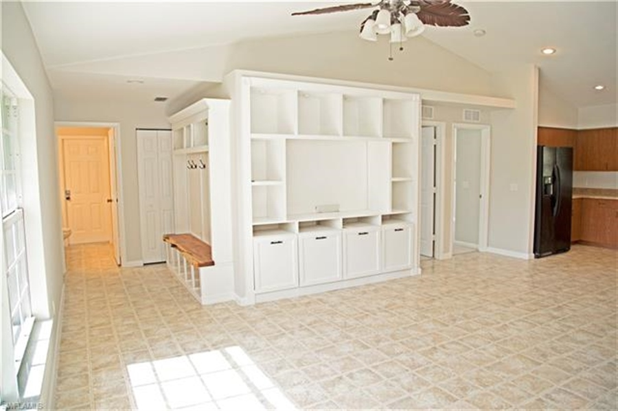 Real Estate Photography - 521 31st St SW, Naples, FL, 34117 - Location 16