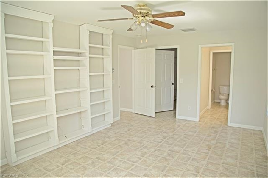 Real Estate Photography - 521 31st St SW, Naples, FL, 34117 - Location 17