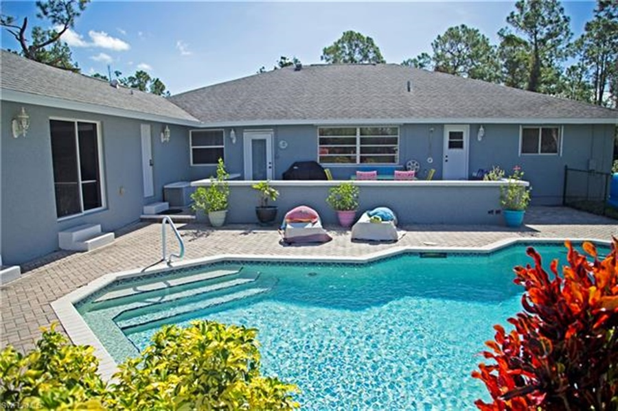 Real Estate Photography - 521 31st St SW, Naples, FL, 34117 - Location 22
