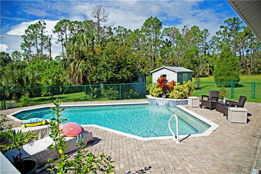 Real Estate Photography - 521 31st St SW, Naples, FL, 34117 - Location 23