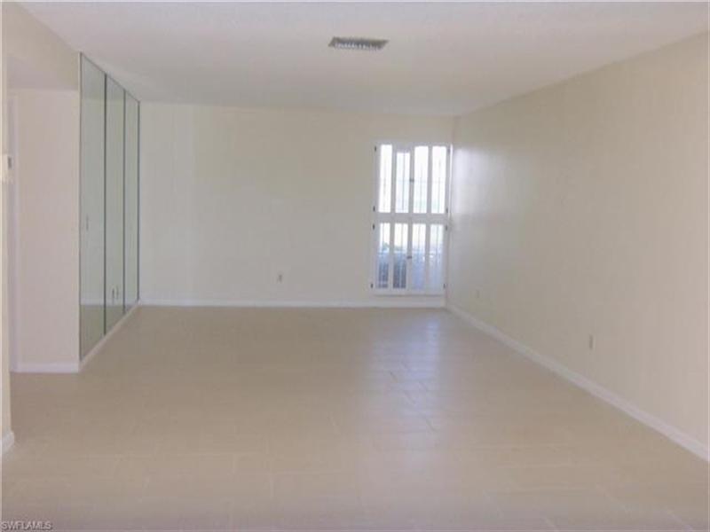 Real Estate Photography - 3351 Boca Ciega DR D-10 3351, NAPLES, FL, 34112 - Location 4