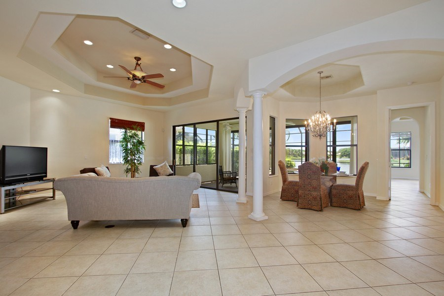 Real Estate Photography - 10691 LONGSHORE WAY EAST, NAPLES, FL, 34119 - Great Room