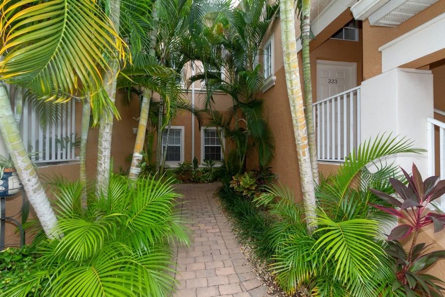 Real Estate Photography - 28105 Mandolin Ct, Unit 213, Bonita Springs, FL, 34135 - Entryway