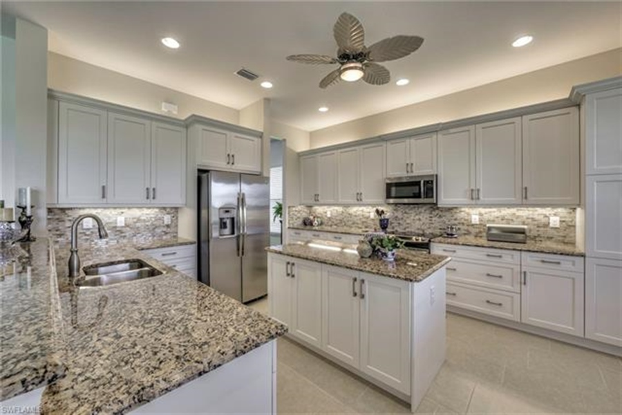 Real Estate Photography - 11512 Stonecreek CIR 11512, FORT MYERS, FL, 33913 - Location 3