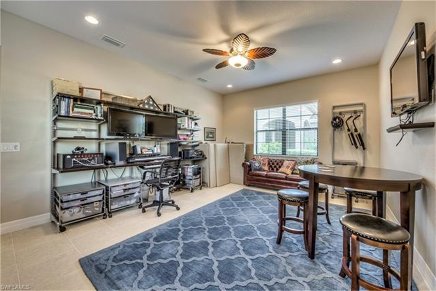 Real Estate Photography - 11512 Stonecreek CIR 11512, FORT MYERS, FL, 33913 - Location 15