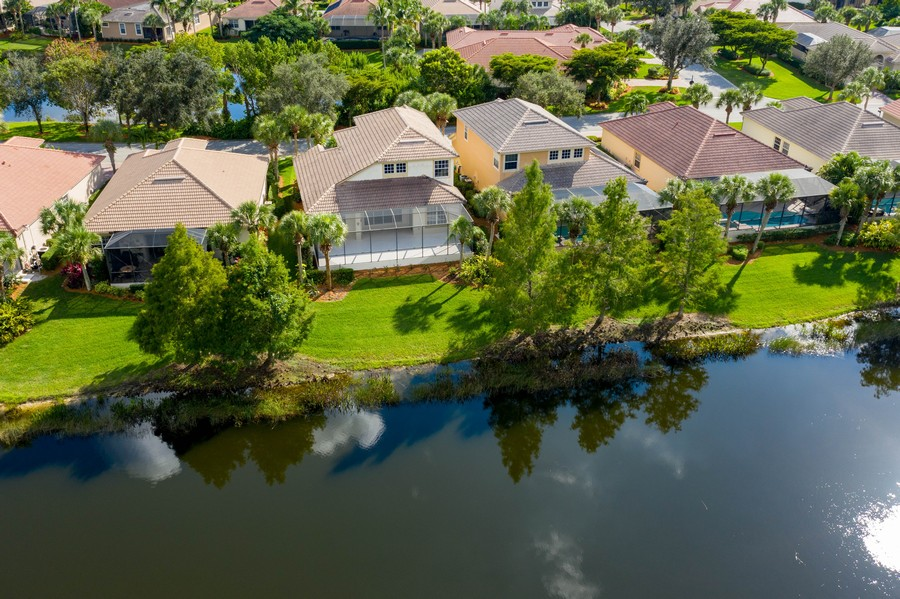 Real Estate Photography - 8904 Greenwich Hills Way, Fort Myers, FL, 33908 -