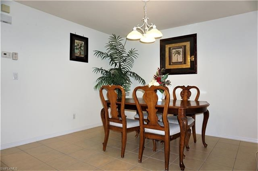 Real Estate Photography - 9135 Astonia Way, # 9135, Fort Myers, FL, 33967 - Location 8