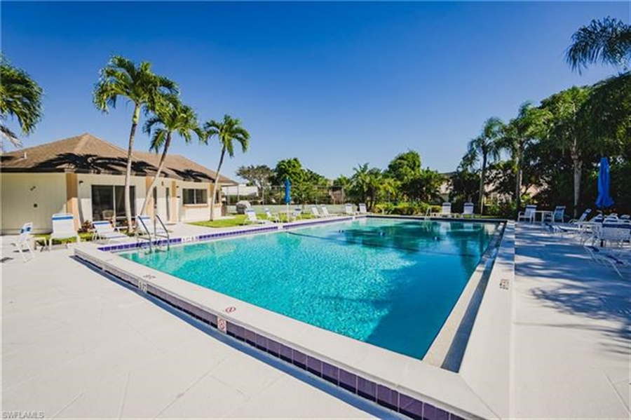 Real Estate Photography - 1531 Weybridge Cir, Naples, FL, 34110 - Location 3