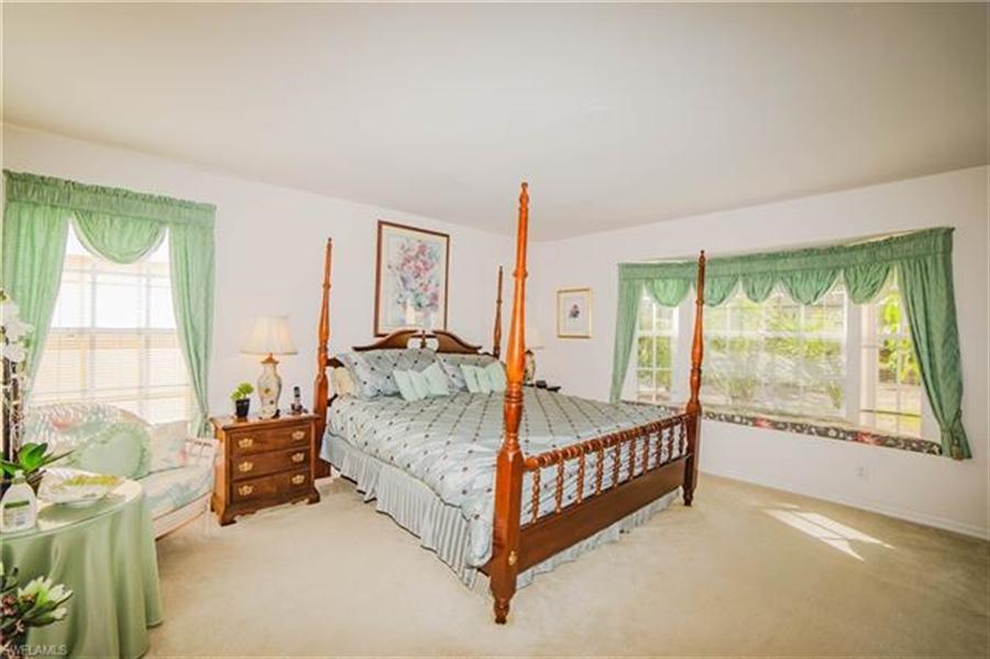 Real Estate Photography - 1531 Weybridge Cir, Naples, FL, 34110 - Location 10