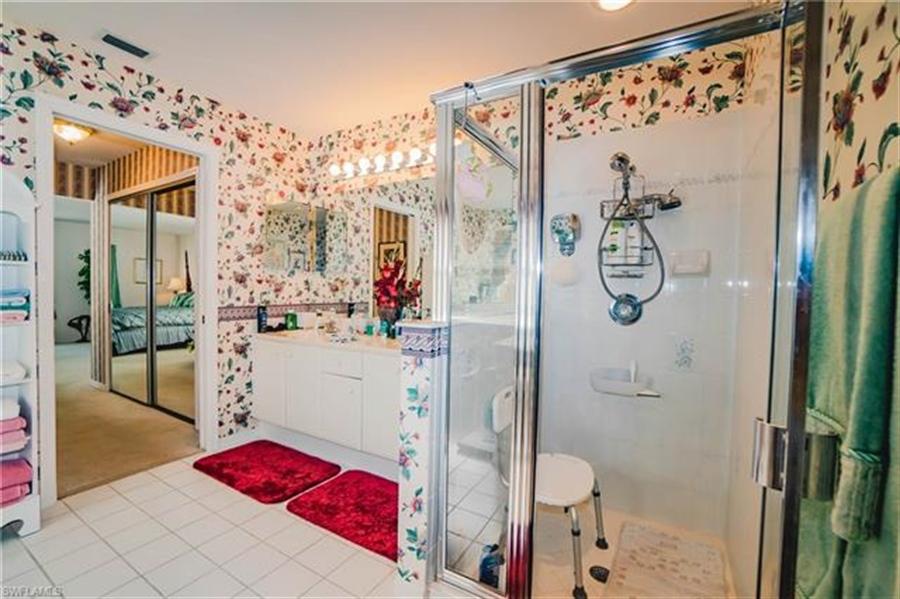 Real Estate Photography - 1531 Weybridge Cir, Naples, FL, 34110 - Location 13