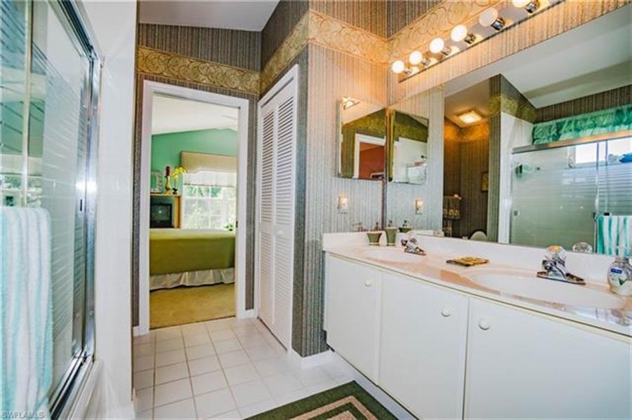 Real Estate Photography - 1531 Weybridge Cir, Naples, FL, 34110 - Location 17