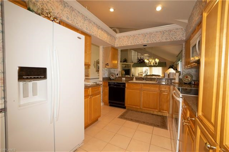Real Estate Photography - 1531 Weybridge Cir, Naples, FL, 34110 - Location 20