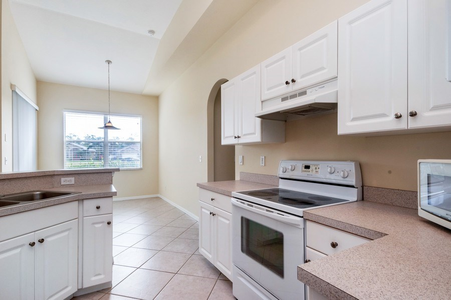 Real Estate Photography - 10650 LANDAU LN, Bonita Springs, FL, 34135 - Kitchen