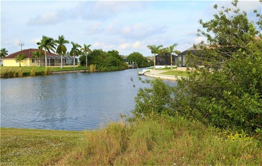 Real Estate Photography - 2803 SW 25th Ave, # 2803, Cape Coral, FL, 33914 - Location 1