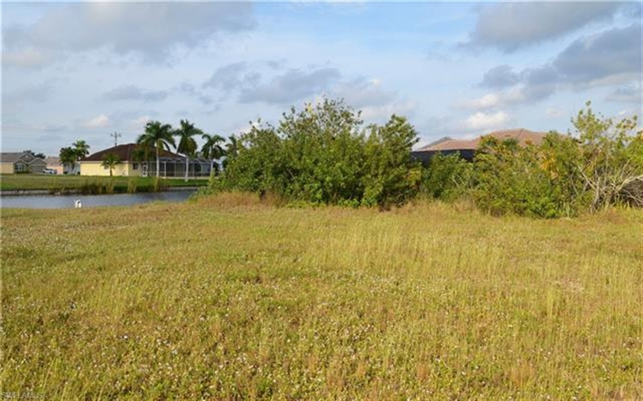 Real Estate Photography - 2803 SW 25th Ave, # 2803, Cape Coral, FL, 33914 - Location 6